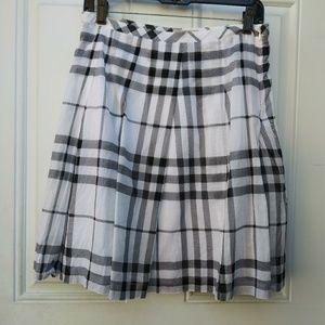 Womens Burberry Skirt Size 6